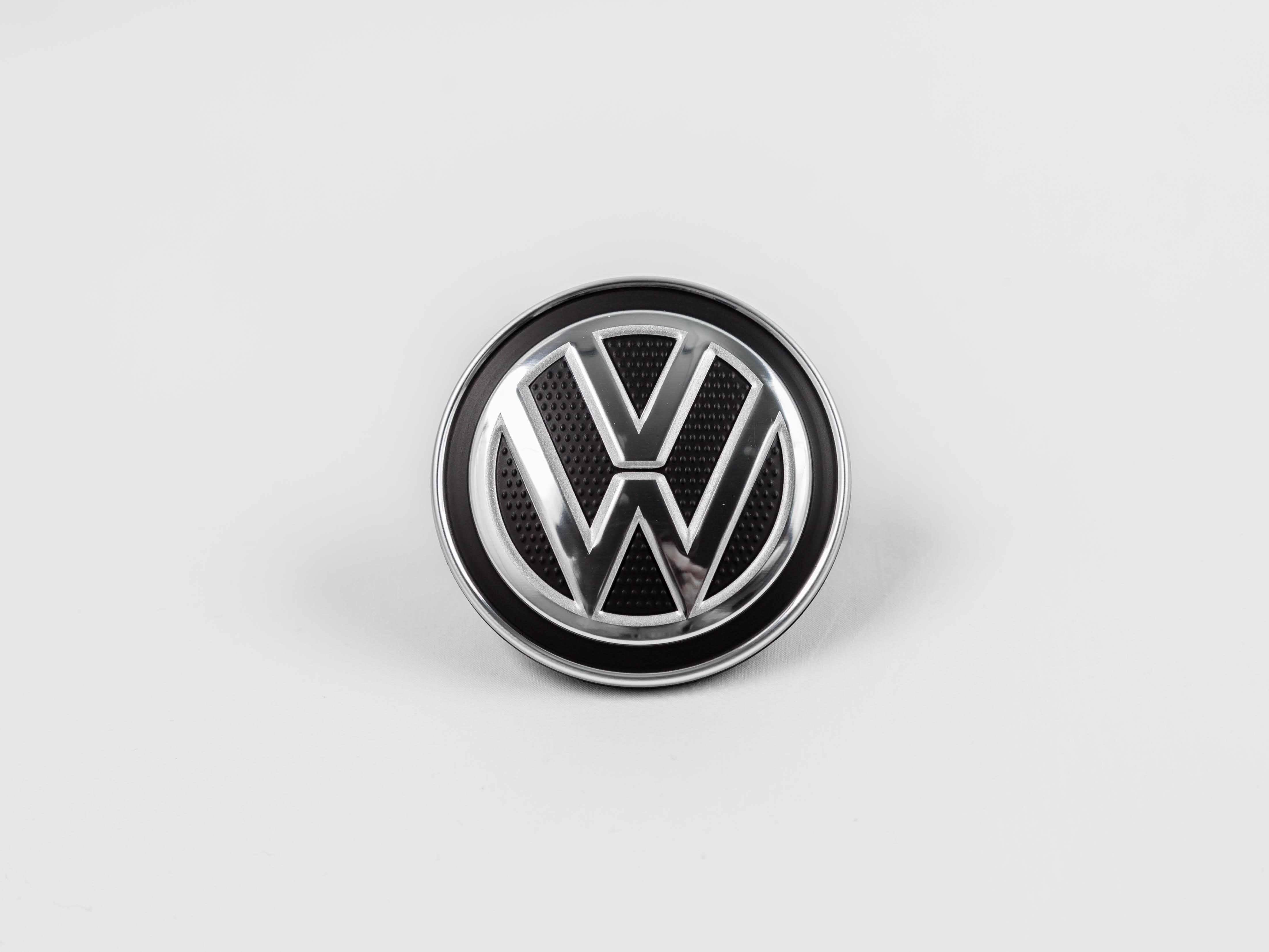 volkswagen golf  wheel center cap carbon fiber   silver alloy wheel center cap
